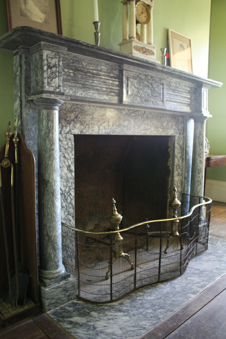 Outer Library Marble Mantel, Stone house (1817-1819)