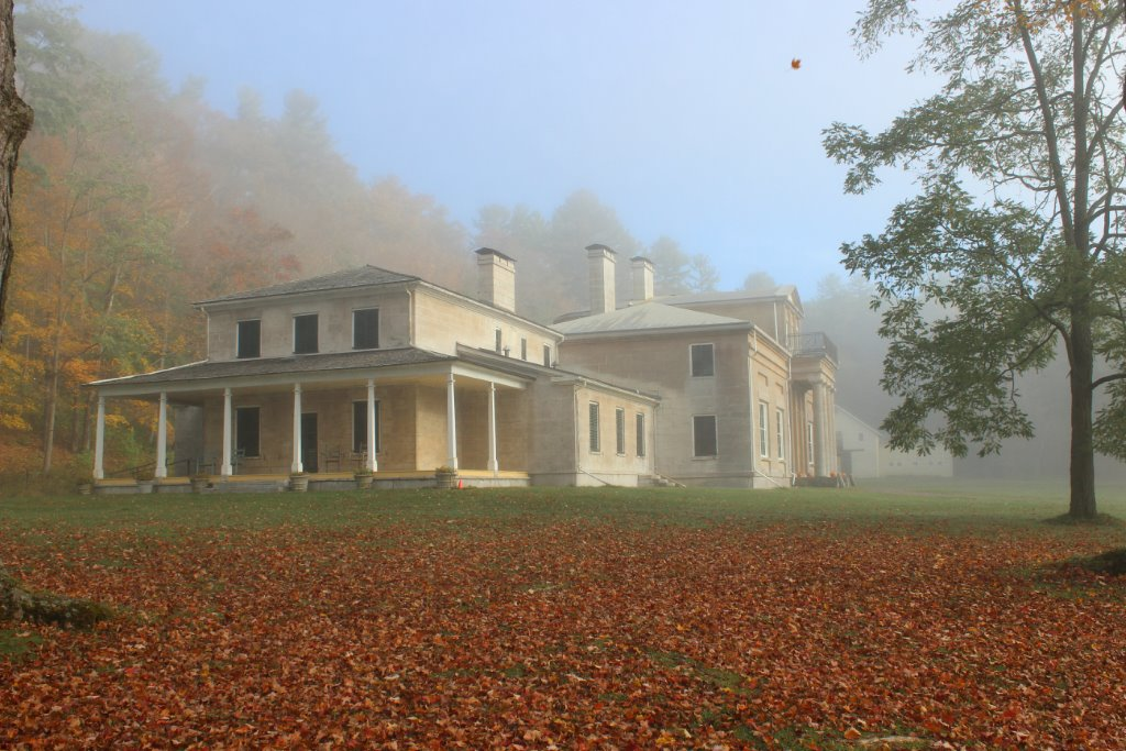Autumn-Mist-over-Hyde-Hall1