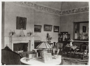 ghostly-drawing-room1